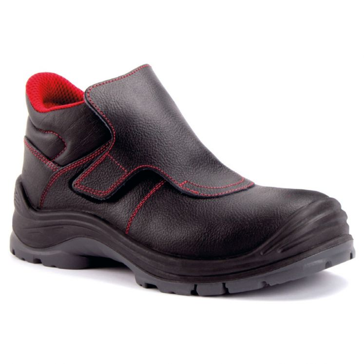 Safety shoes for welders